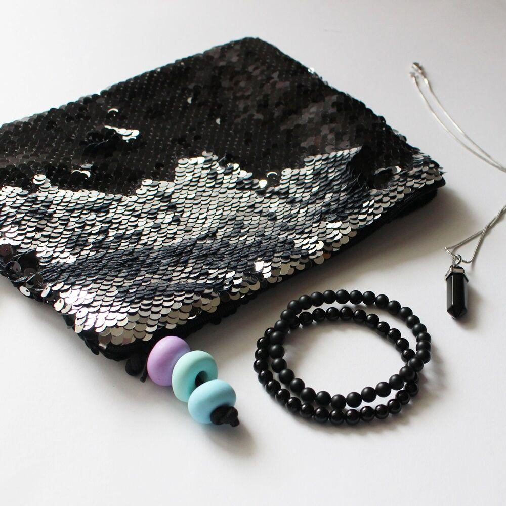 Fekete csillogás ásványos ajándékcsomag onixszal