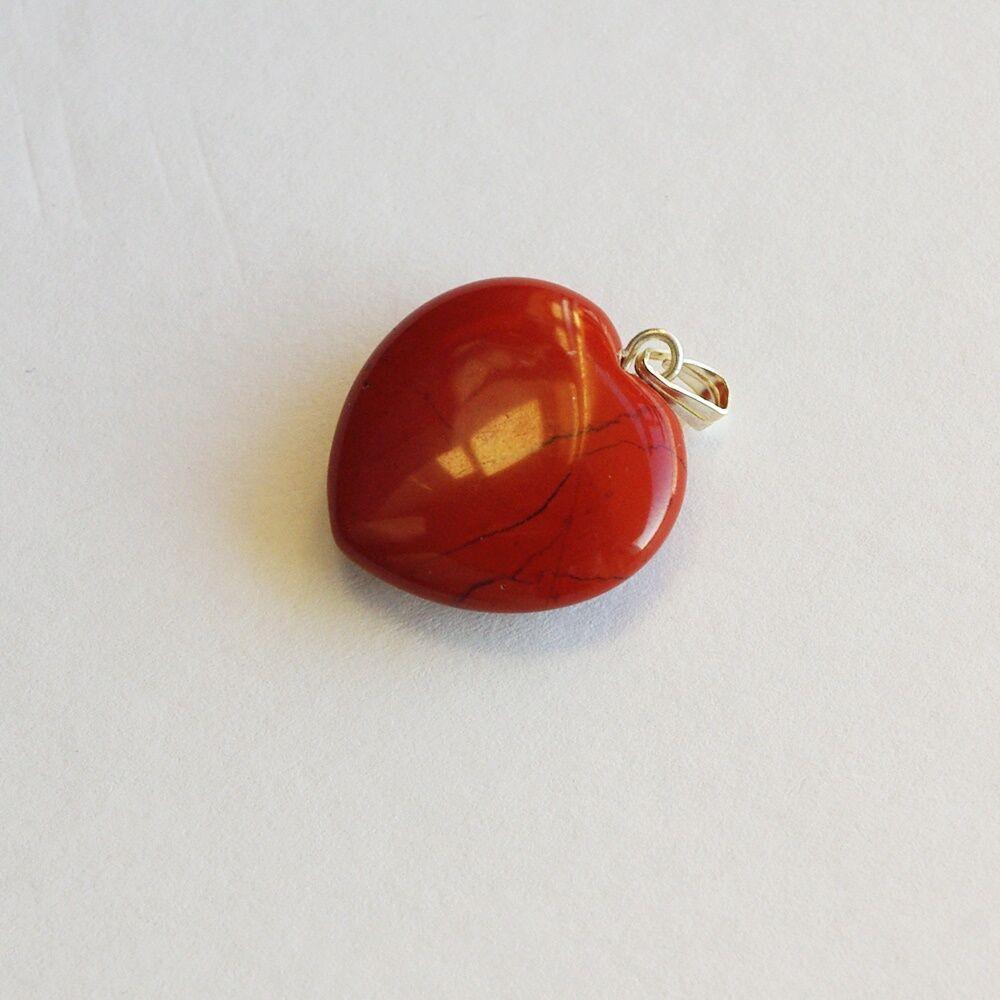 Ásványos szívmedál - piros jáspis