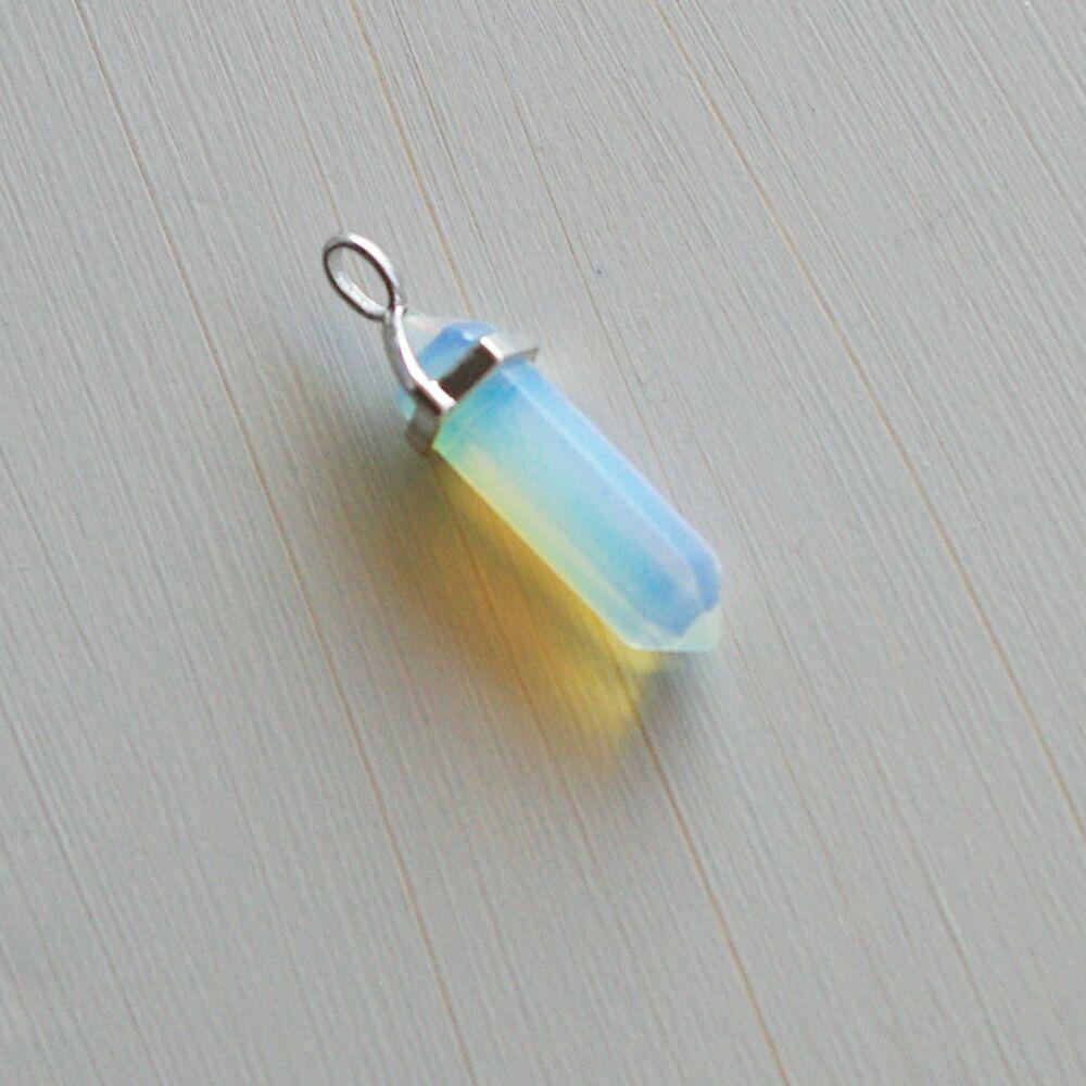 Opalit kristály kétcsúcs medál - ceruza alakú