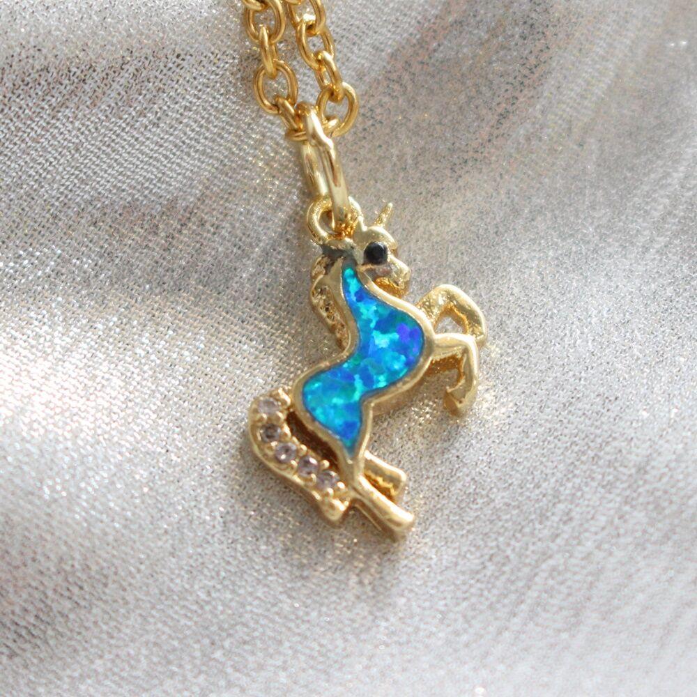 Unikornis nyaklánc - arany, kék