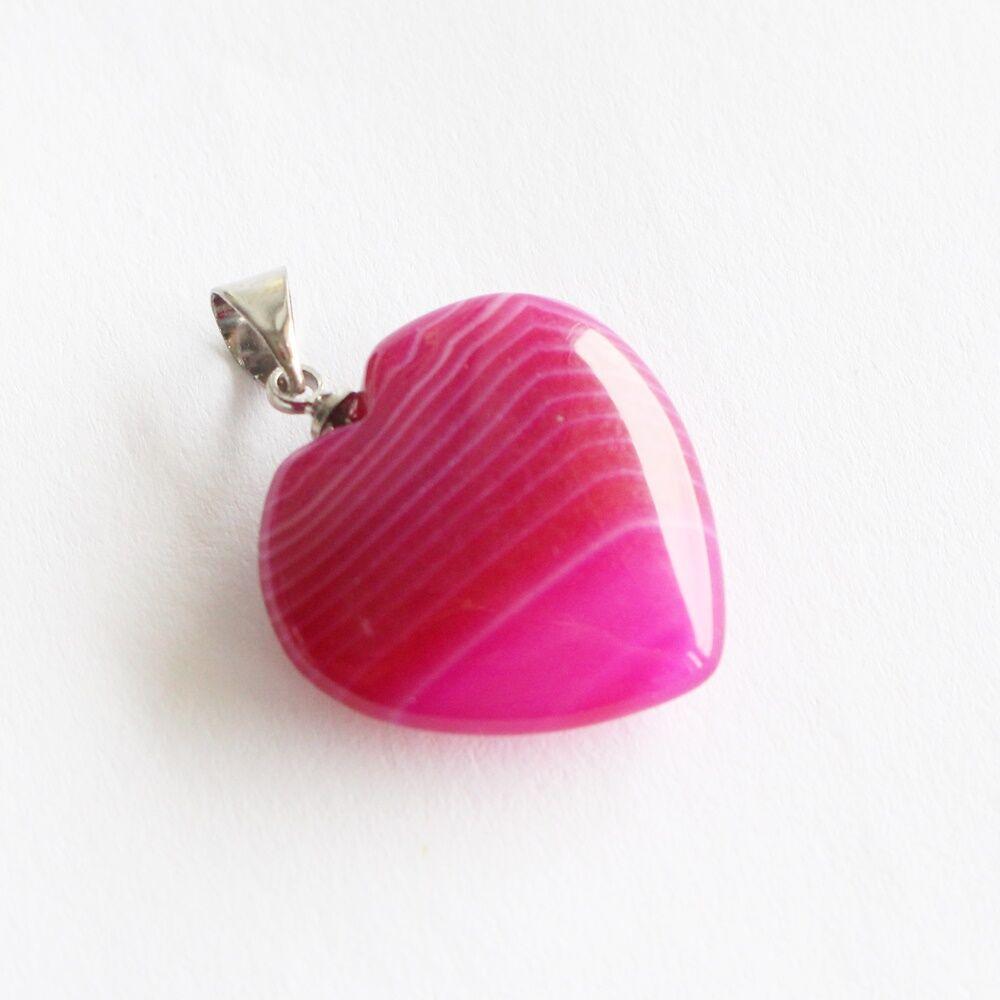 Pink achát szív alakú medál